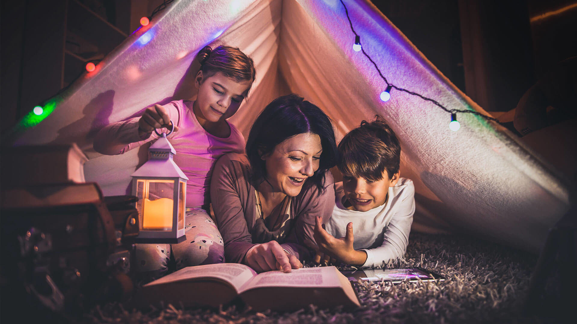 Header Full Image mom w kids tent